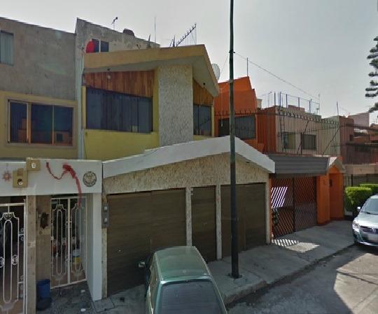 Hermosa Casa En Zona Residencia, Remate Ya Adjudicado!