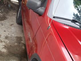 Ford Del 2002 Roja, 4 Puestas A Buen Preci Y Buena Condicion