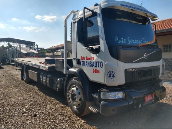 Guincho Pesado Lança Plataforma Vm Volvo Truck Toco