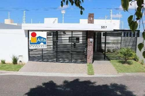Casa Sola En Venta En Villas De Irapuato, Irapuato, Guanajuato