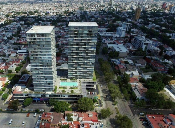 Departamento En Venta En Ladron De Guevara, Guadalajara