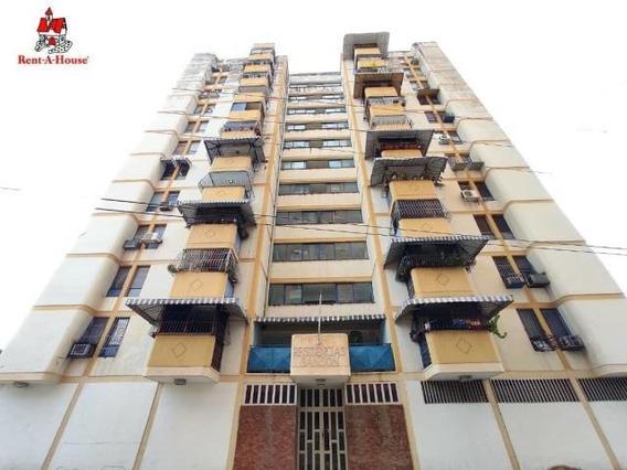 Apartamento En Venta Los Caobos Maracay Aragua Mj 20-18270