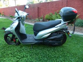 Vendo Scooter Mondial 300cc Exelente Estado