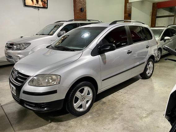 Volkswagen Suran 1.6 Confortline Gnc 2010