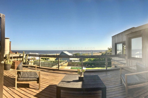 Excepcional Casa Con Vista Al Mar!! -ref:2266