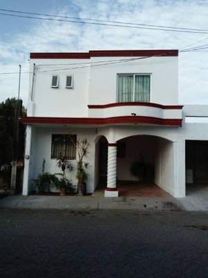 Casa En Frac. Lomas De San Isidro