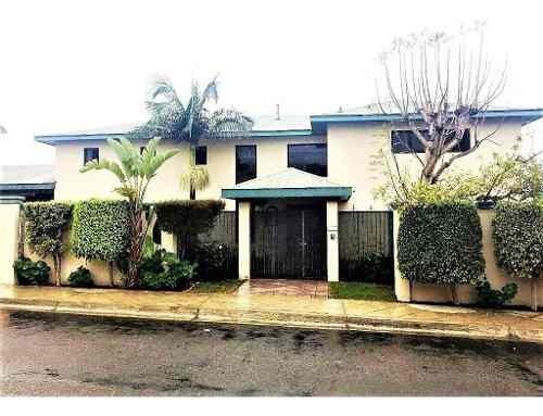 Casa En Venta En Fracc. Chapultepec I