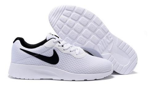 Tenis Nike Tanjun Blancos Para Hombre - $1,399.00