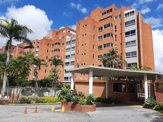 Penthouse Macaracuay