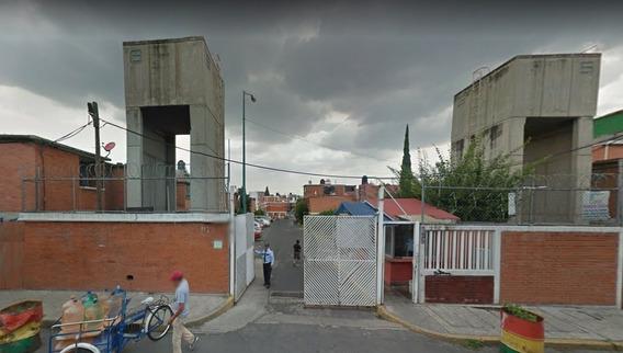 Remate Bancario Linda Casa En Cdmx! Adjudicada