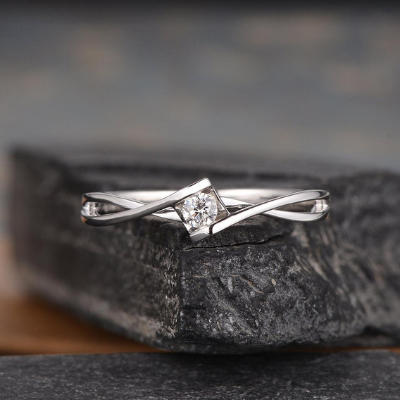 Anel Solitário Ouro Branco Rosa 18k Noivado Diamante Luxo