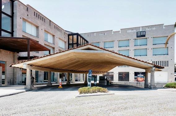 Renta Oficinas Zona Esmeralda, Plaza Antigua, Atizapan.