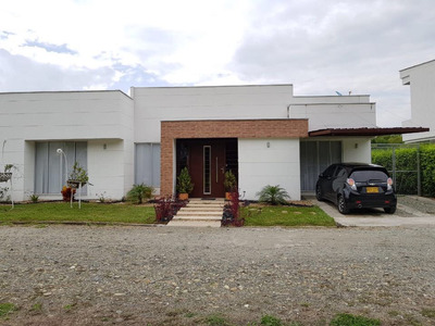 Se Arrienda Casa Campestre De Lujo El Caimo