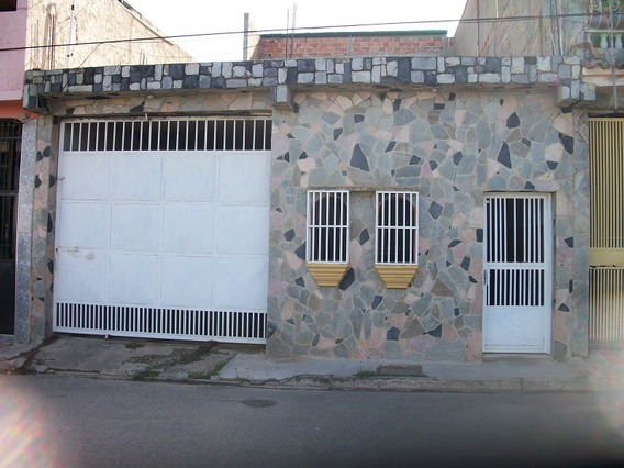 Casa En Venta En Lomas De Funval