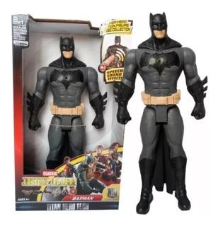 Muñeco Articulado Batman 30cm Con Luz Y Sonido Envios