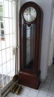 Reloj De Pie Antiguo A Pendulo Madera De Nogal
