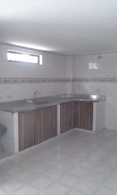 Vendo En Neiva Barrio Andaquies 3 Niveles Buena Casa Grande