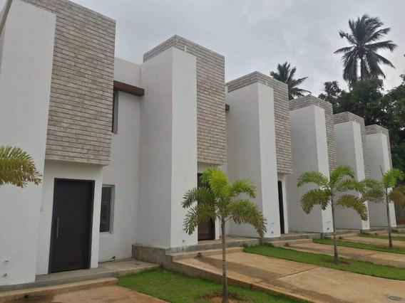 Villa Cerrada Venta Circunvalacion 1 Maracaibo Api 31371 Gc