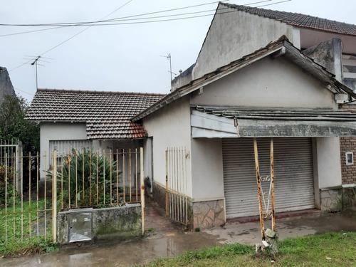 Imagen 1 de 14 de Casa El Jaguel, Sobre Lote De 370 Mts2, Con Local Comercial