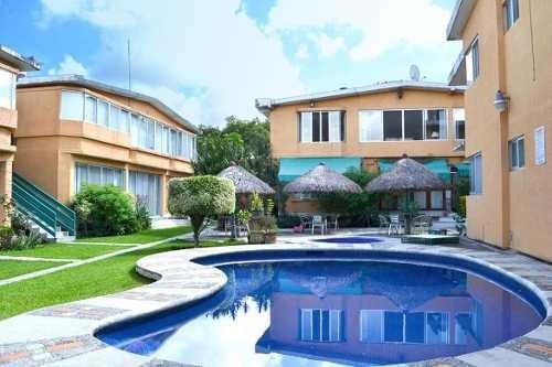 Casa En Condominio En Lomas De Cuernavaca / Temixco - Caen-562-cd