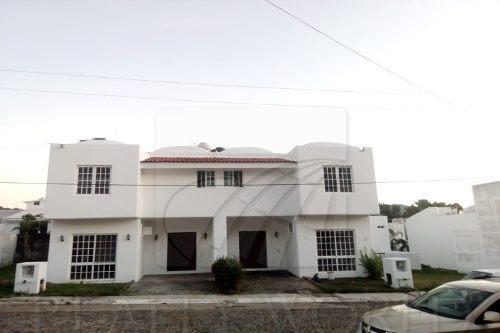 Casas En Venta En Ejidal Miramar, Manzanillo