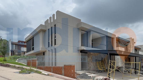 Imagen 1 de 13 de Casa Nueva En Preventa En Altozano