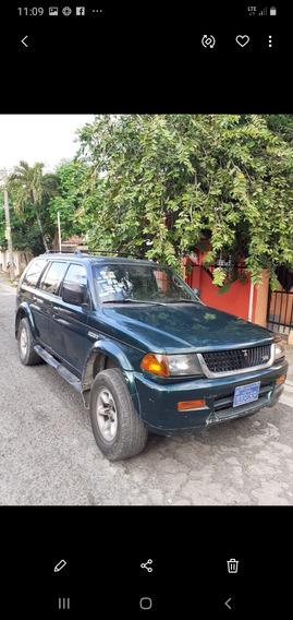 Mitsubishi Montero Año 99