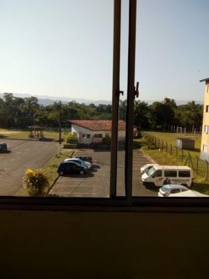 Apartamento Cdhu No Bairro Jardim Umuarama, Ref. 6141 M H
