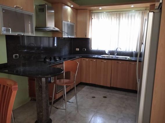 Venta Casa En Urbanización Colonia Del Rio Nva Bna