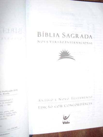 Bíblia Sagrada: Nova Versão Internacional (sebo Amigo)