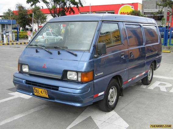 Mitsubishi L300 Panel