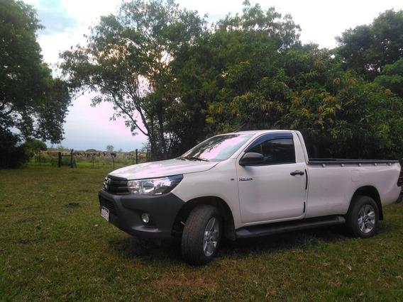 Toyota Hilux 2.4 Cs Dx 150cv 4x2 2017