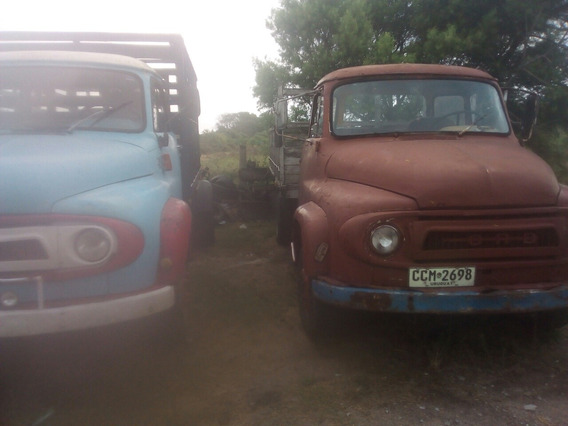 Ford Trader M30 D4
