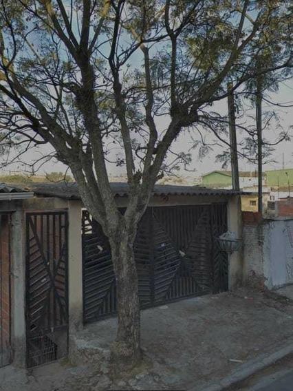 Casas: 4 Casas No Mesmo Terreno Totalizando 9 Cômodos