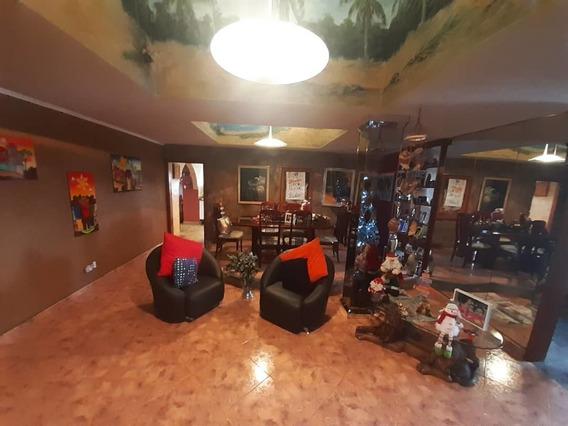 Apartamento En El Centro / Rayzy Rosales 04242648358