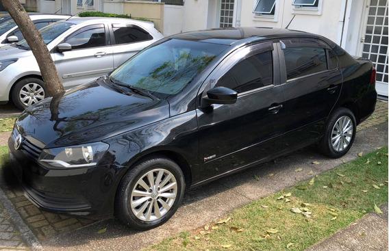 Volkswagen Voyage 1.6 Vht Trend Total Flex I-motion 4p 2014