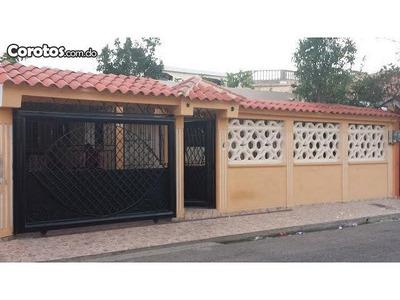 Casa En Lucerna, Santo Domingo Este