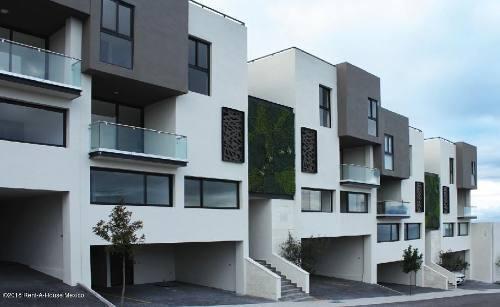 Casa En Venta En Zibata, El Marques, Rah-mx-20-271