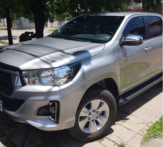Toyota Hilux 2.4 Sr Tdi Dc 4x2 Sr 2019