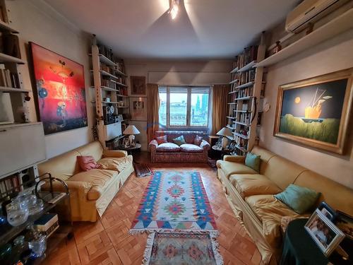 Vende Apartamento 3 Dormitorios Con Placar, 2 Baños - Centro
