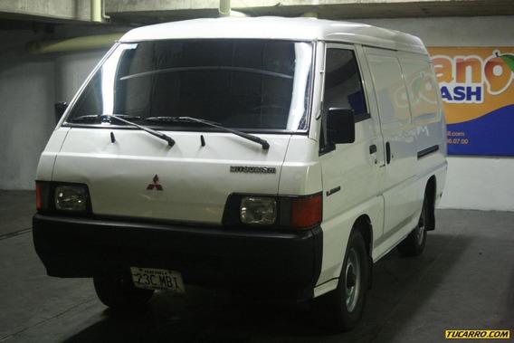 Mitsubishi L-300 Carga