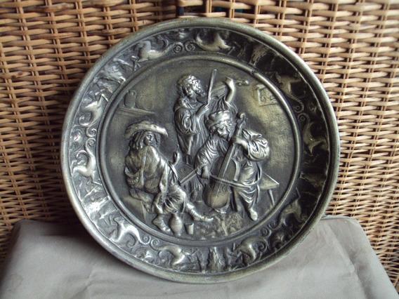 Antiguo Plato Bandeja Decorativa De Aluminio 38cm