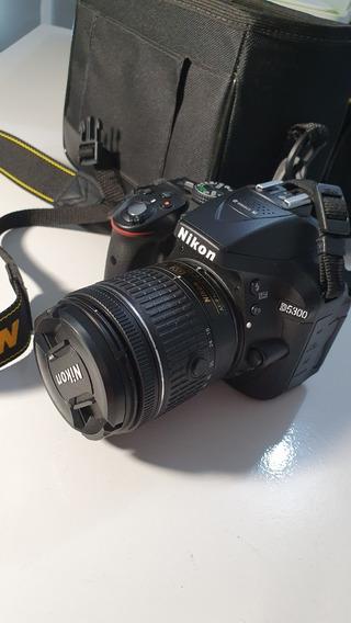 Câmera Semiprofissional Nikon D5300