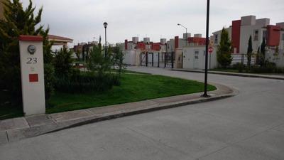Se Renta Casa A 5 Minutos De Aeropuerto Toluca