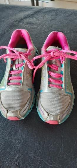 Zapatillas Reebok De Niña Talle 28