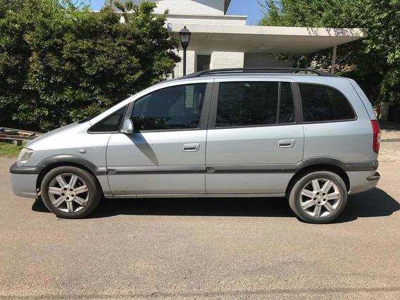 Chevrolet Zafira 2.0 Gls Tres Filas Cuero 8v 2010