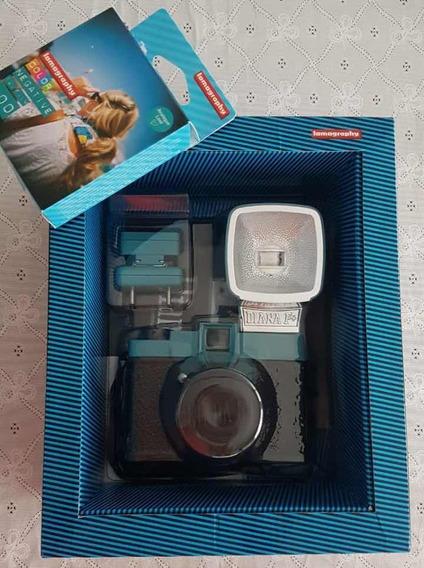 Câmera Fotográfica Lomography Diana F+
