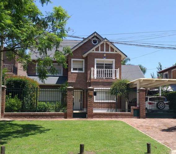 Fisherton, Casa 3 Dorm, Cocheras, Parque Piscina