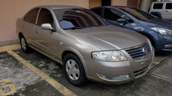 Nissan Almera Sedán