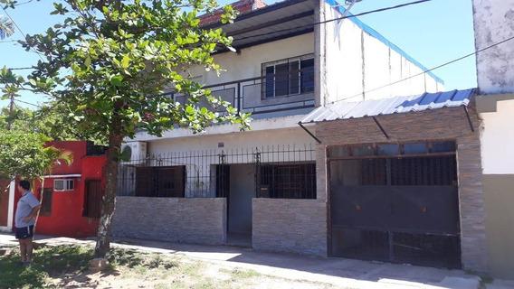 Casa En Venta En Barrio Santa Rosa